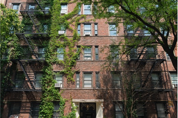 Featured Private Equity: 421 West 21st Street